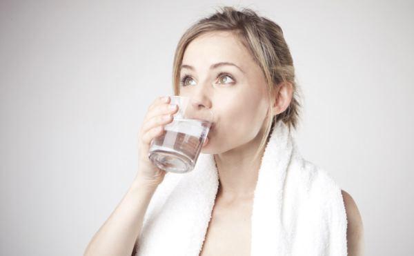 निरंतर पानी पिए