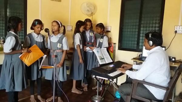7th Standard Marathi Poem Aai