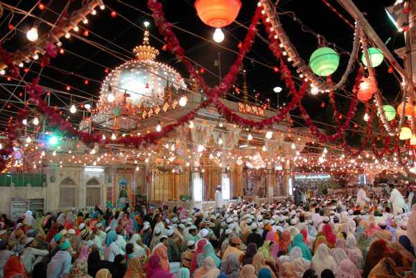 ख्वाजा मोइनुद्दीन चिश्ती का उद्धरण उर्दू व हिंदी में -