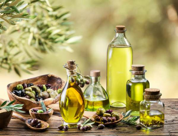 Benefits Of Using Olive Oil in Hindi