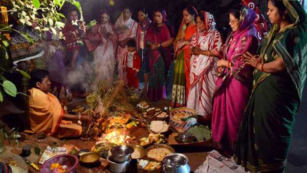 Baseli puja images in Hindi