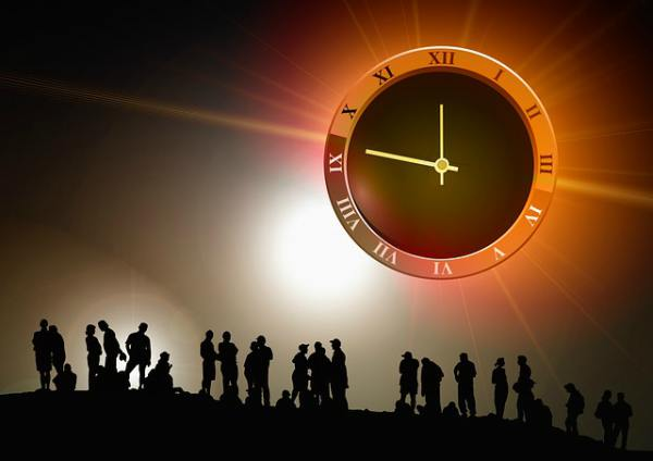 Essay on Value of time in Hindi Language