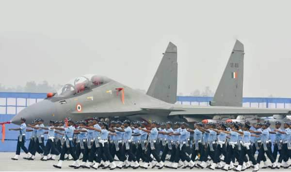 Essay on Indian Air Force Day in Hindi