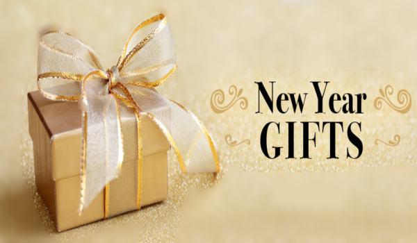 न्यू ईयर गिफ्ट आइडियाज – Best New Year Gift to Girlfriend ...